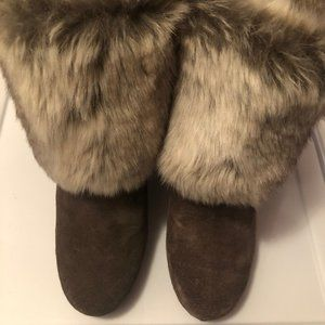 Chinese Laundry wedge furry boots